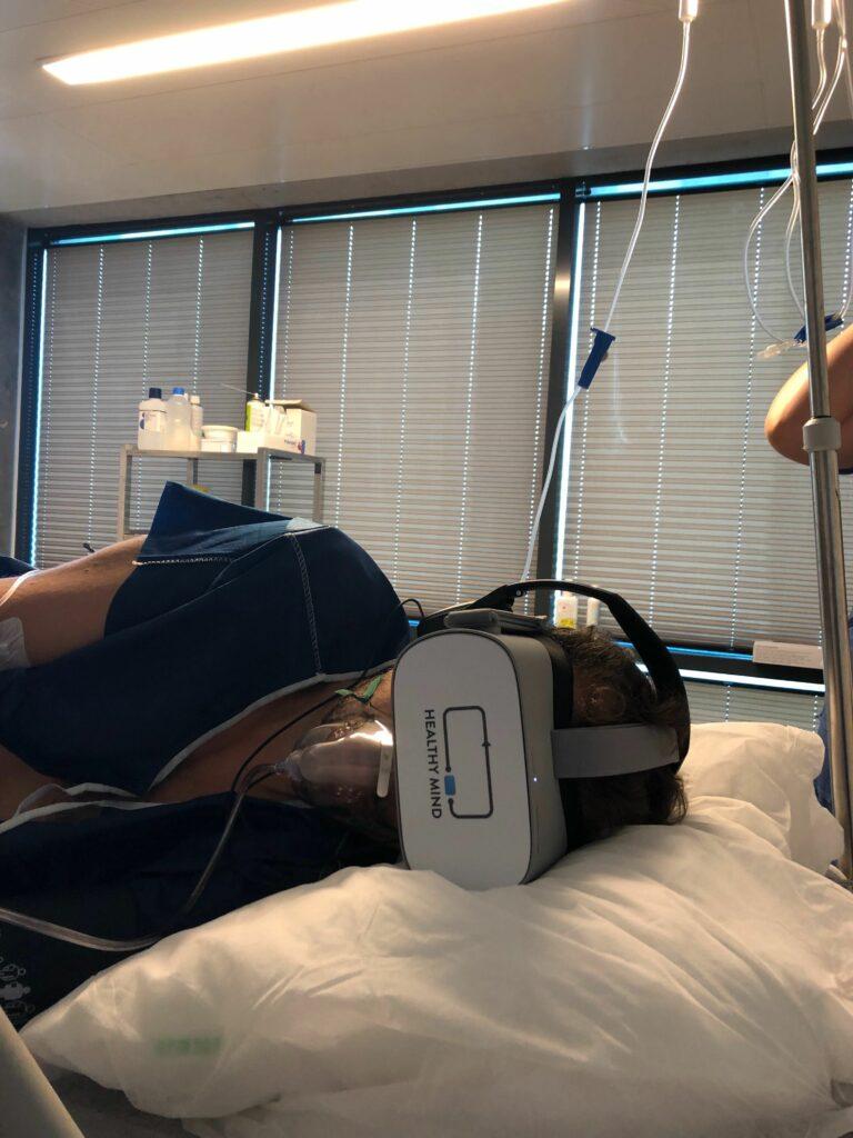 Hypnose médicale par réalité virtuelle à l'hôpital